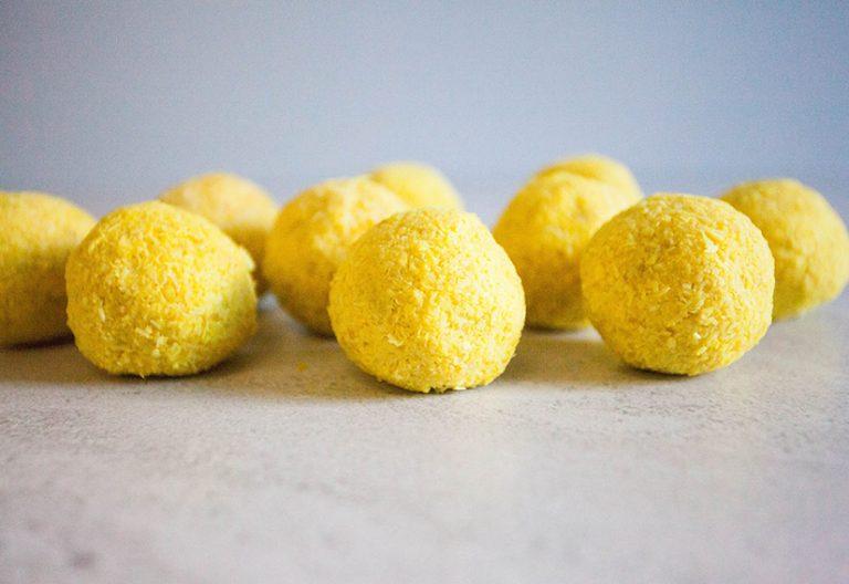 Lemon bliss balls