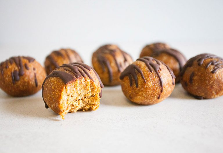 Peanut butter bliss balls