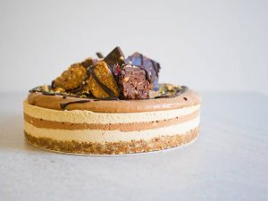 Peanut butter choc caramel cake