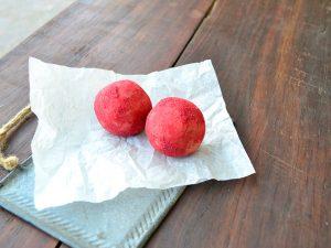 Vanilla berry balls