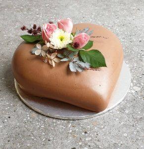Choc Hazelnut Mousse Heart Cake